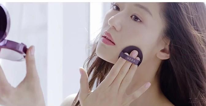 A marca Hera deseja ser a representante oficial da beleza da mulher coreana.