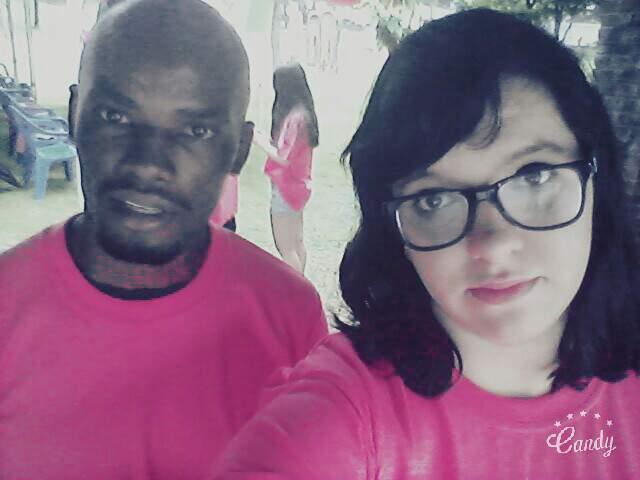 A Cara Das Pessoas Que &Quot;Amam&Quot; Pink! Eu E Meu Amigo Milton, Do Sri Lanka.