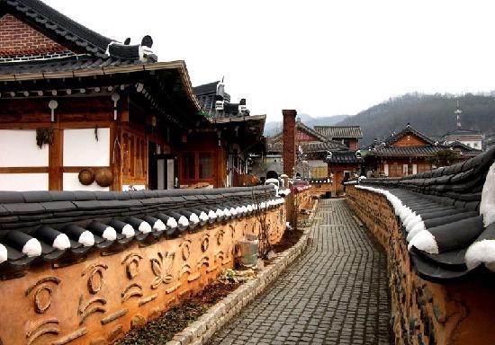 Ruas do vilarejo de Jeonju.