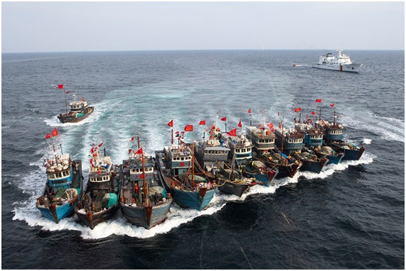 Barcos chineses apreendidos em águas coreanas.