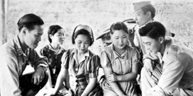 """As """"Mulheres de Conforto"""" eram coreanas que muitas vezes eram tiradas das casas de suas familias para servirem de prostitutas para o Exército Japonês."""