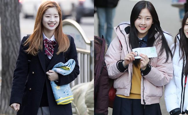 Dahyun da TWICE, à esquerda, e Nayoon da MOMOLAND estavam entre os mais de 600.000 candidatos para realizar o teste de aptidão escolar deste ano.