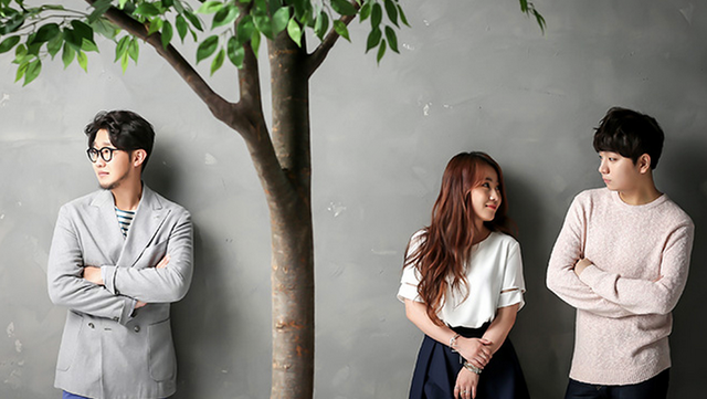 A banda Urban Zakapa. Fora do mainstream mas levando a musica indie coreana para o mundo.