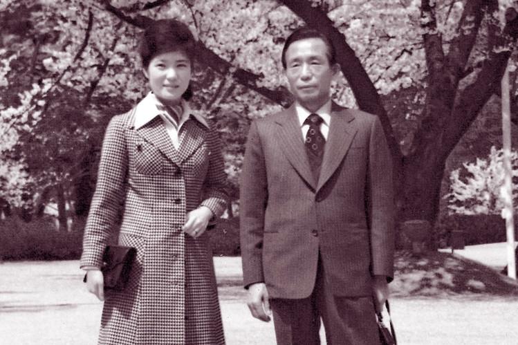 Park Geun-hye e seu pai, Park Chung-hee.