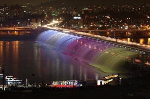 Ponte Banpo. Foto: Visit Korea.