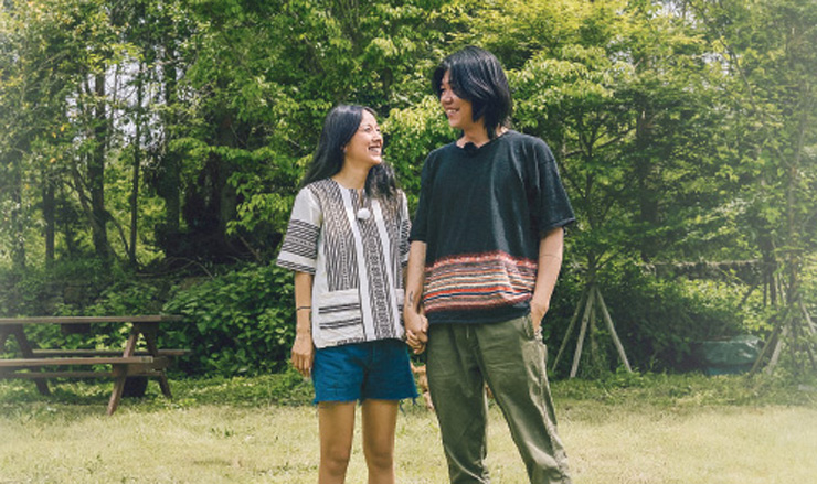 Foto promocional de Hyori's Homestay, com a cantora Lee Hyori e seu marido. Foto: JTBC