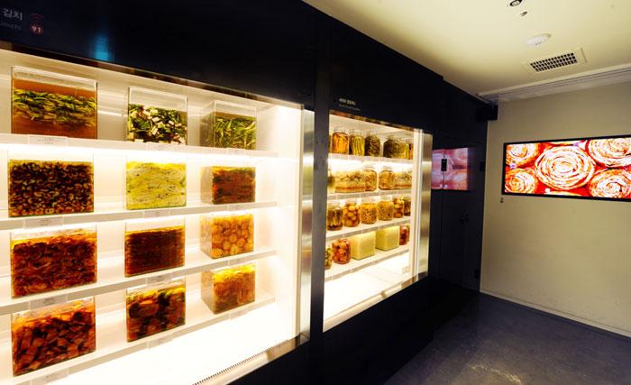 Variedades do Kimchi no Kimchikan Museum. Foto: Lifeinkorea.com
