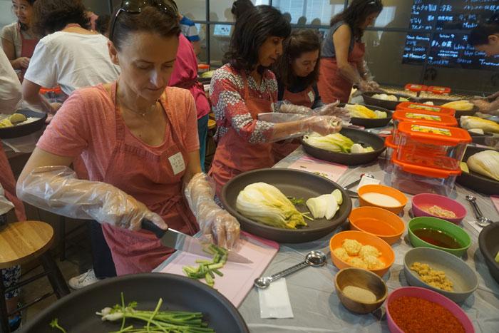 Aulas de preparo do Kimchi. Foto: Lifeinkorea.com