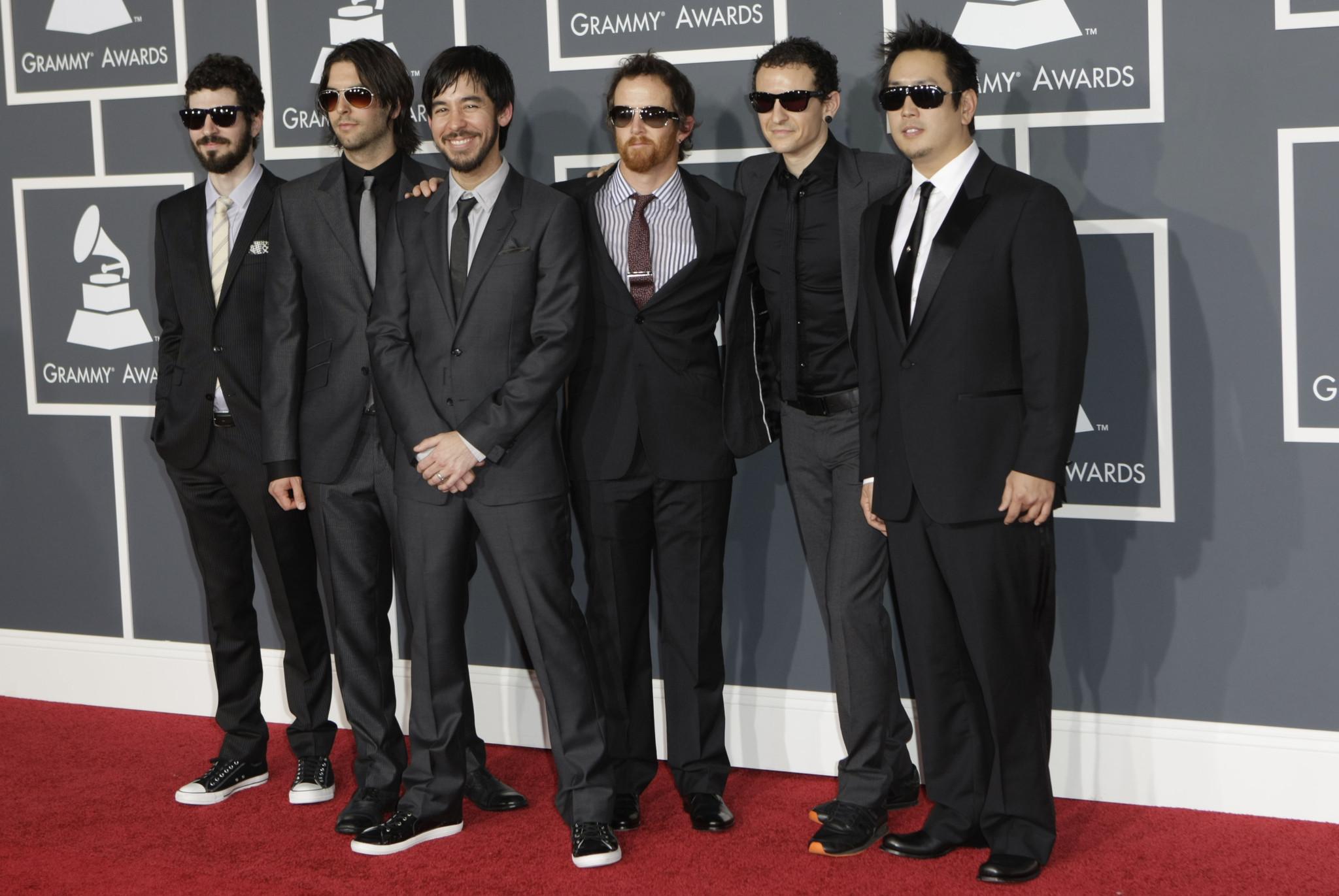 O grupo de rock, Linkin Park, com Joe Han à direita. Foto: ATK Magazine