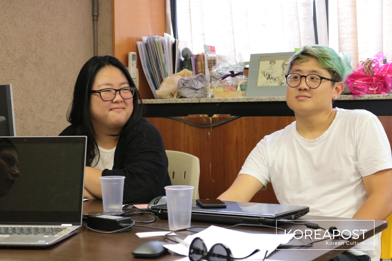 Hye Su Kim e Austin Min. Imagem: Koreapost.