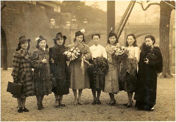 """As Jeogori Sisters era composto das principais mulheres gisaeng, da época, incluindo Lee Nang-young, que era conhecida por sua música """"Tears of Mokpo"""", e Park Hyang-rim, que cantou o hit """"My Brother is a Street Musician"""". Elas até se apresentaram no Japão. Foto: Choi Kyu-sung"""