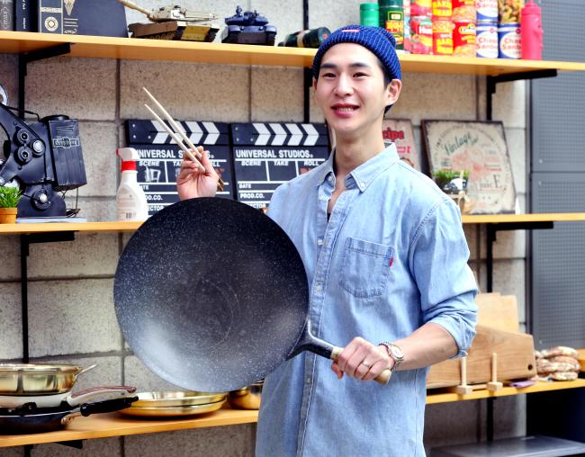 º¥Âê ¸Ô¹æ½ºÅ¸ ÀÎÅͺä. Park Hyun Koo/ 2018.08.21