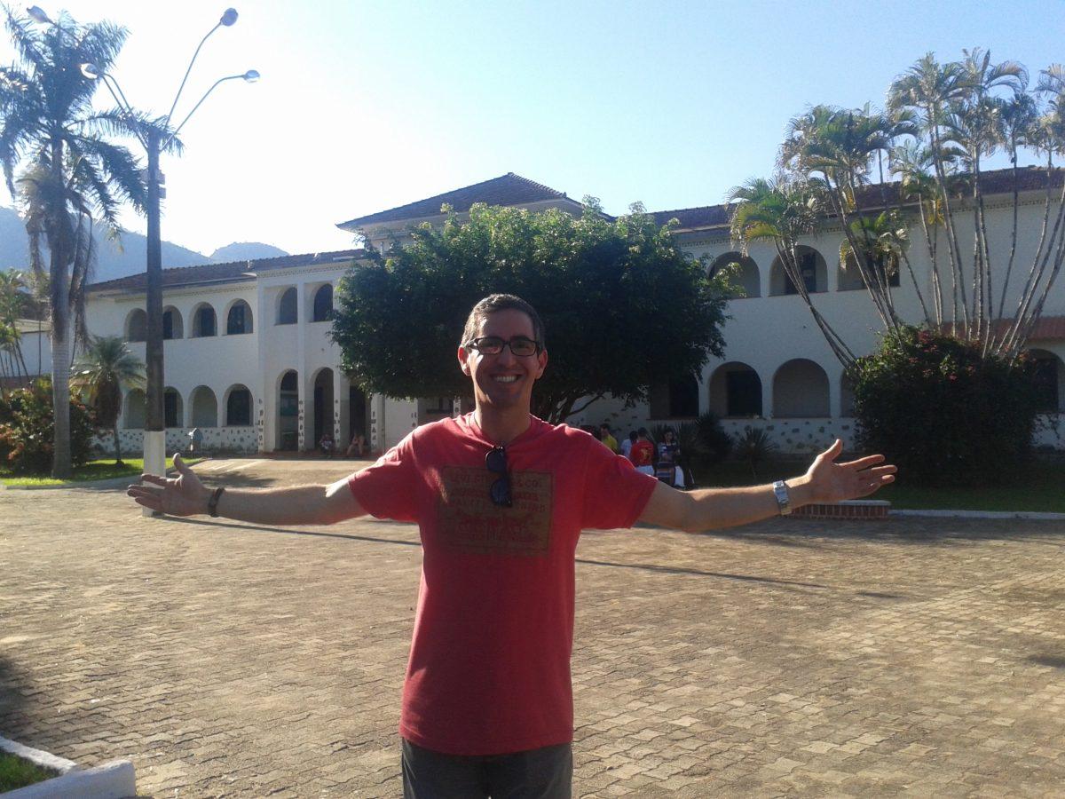 No Instituto Federal do Espírito Santo - Campus de Alegre, onde se formou como técnico agrícola. Foto: arquivo pessoal.