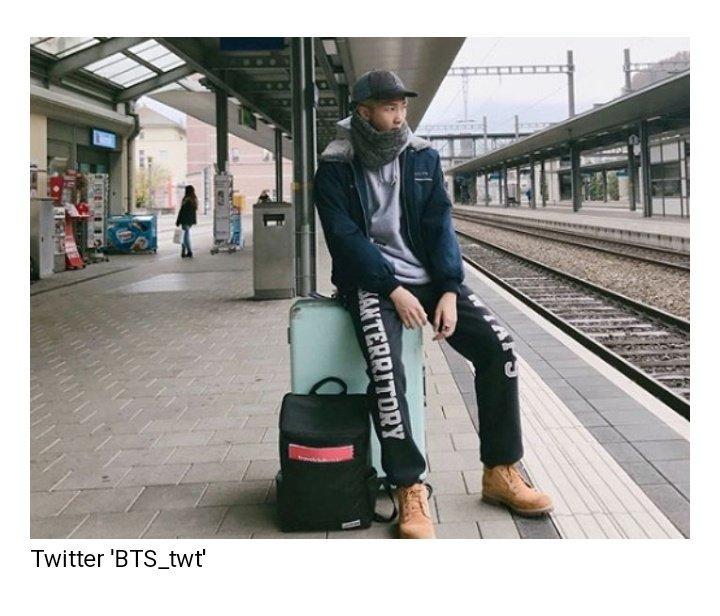 Rap Monster twitou a respeito da mochila que comprou da MORETHAN. Foto: Twitter