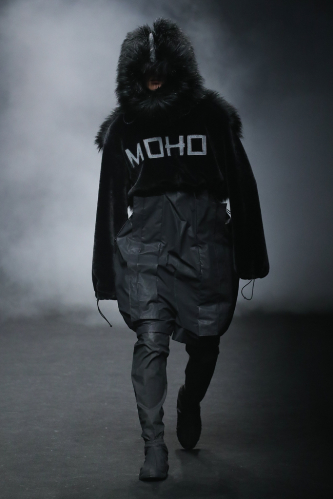 Semana De Moda Em Seul Dita As Tendências Para O Próximo Outono-Inverno