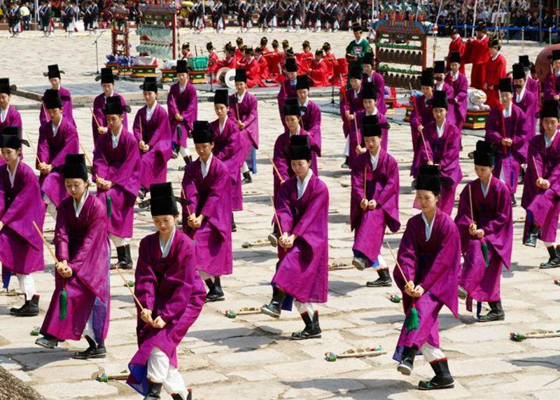 Festival Sul-Coreano Reproduz Importantes Tradições Culturais