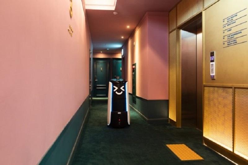 Empresa Sul-Coreana Cria Robô Que Faz Serviço De Quarto Em Hotéis