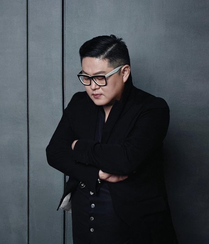 Jeong Yun-Kee Se Torna Primeiro Coreano Embaixador Da London Fashion Week