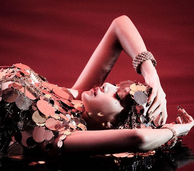 Lisa, Do Blackpink, E Seu Desejo De Mostrar A Si Mesma Em Seu Primeiro Álbum Solo